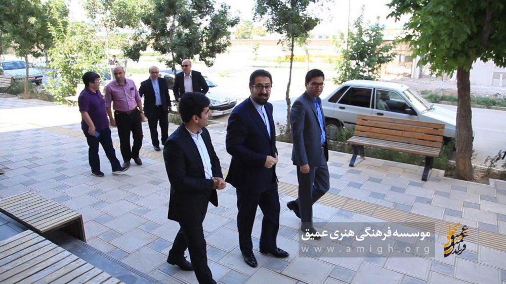 بازدید مسئولین وزارت ارشاد از مجموعه فرهنگی هنری عمیق بجنورد